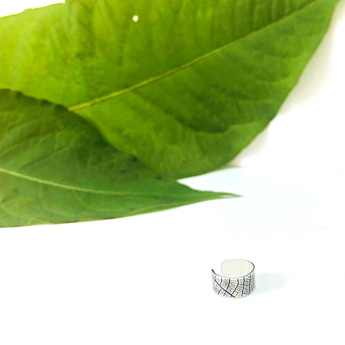 'Leaf' - Silver ear cuff (for non-pierced ears)
