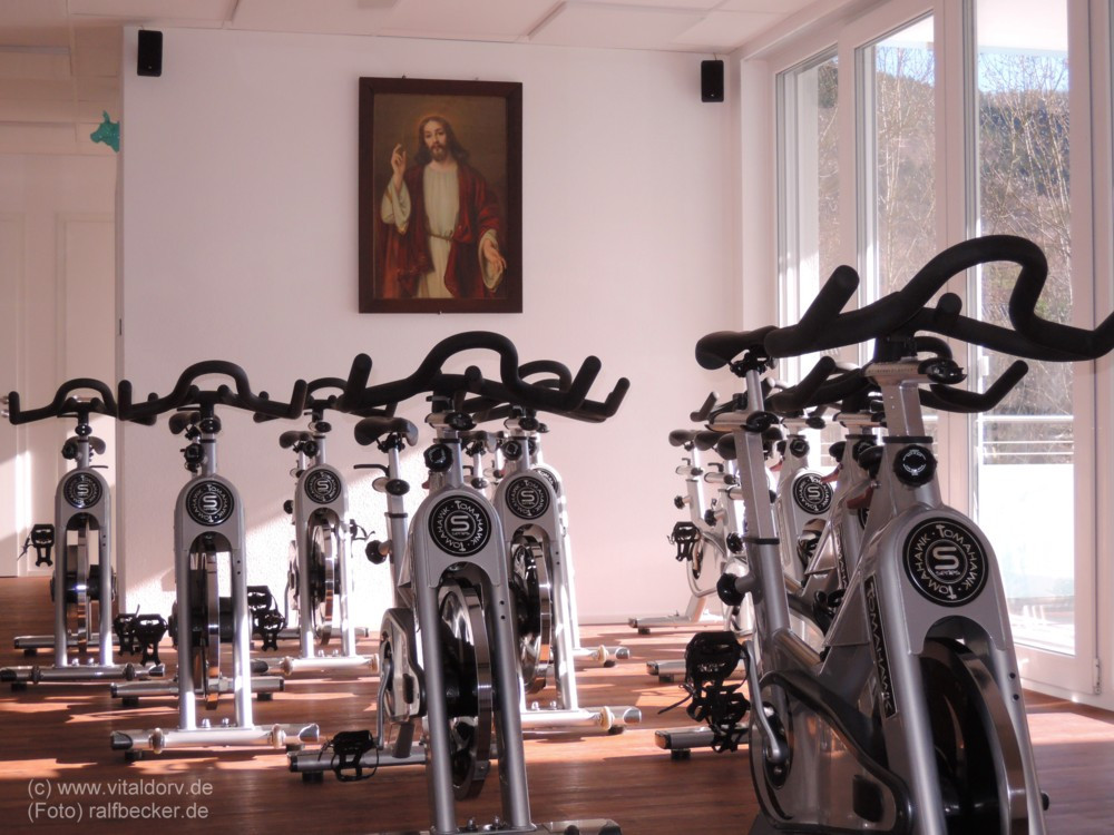 Indoor-Cycling im Vitaldorv Eisental