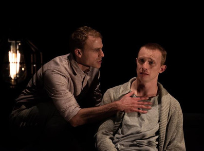 'WHEN THE LIGHT LEAVES' THEATRE REVIEW