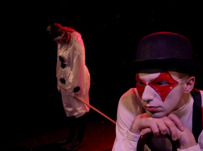 'I AM HARLEQUIN' PERFORMANCE REVIEW