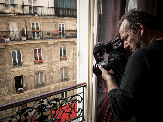 David Bickerstaff filming at Vincent and Theovan Gogh's apartment, Montmartre