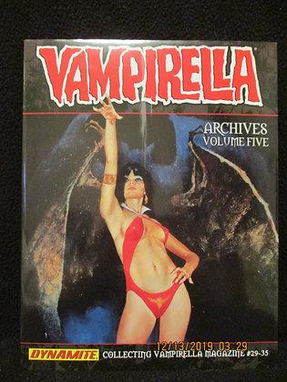 Vampirella Archives vol 5