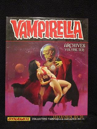 Vampirella Archives vol 10