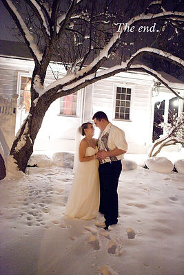 Lindsay-and-Kyle-Wisconsin-Winter-Weddin