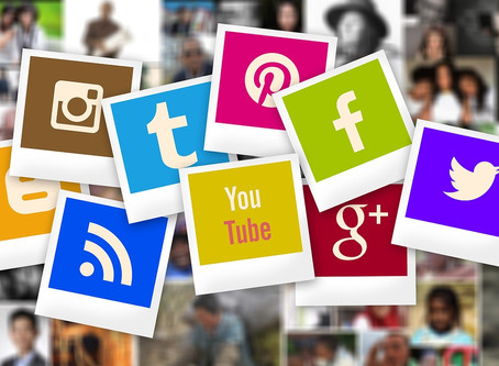 Why Small Businesses Should Use Social Media