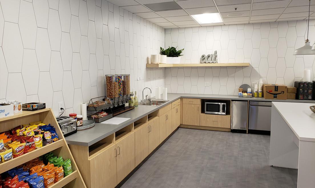 Breakroom/Kitchen - Buildout Pros