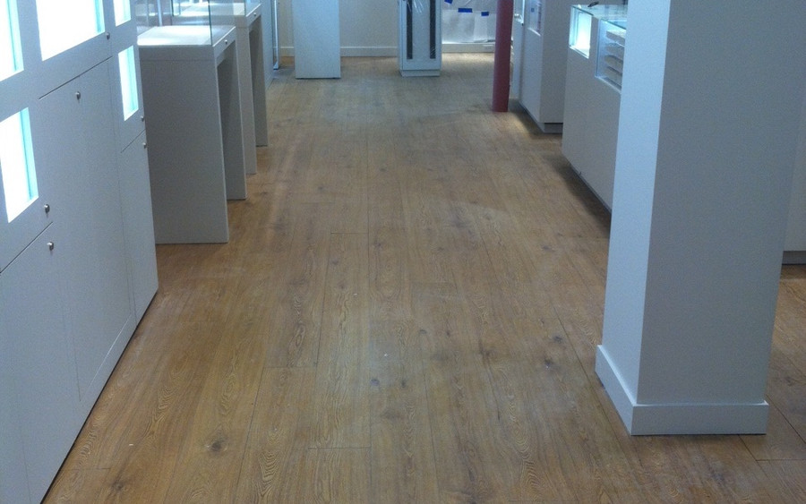 Light Hardwood Flooring - Buildout Pros
