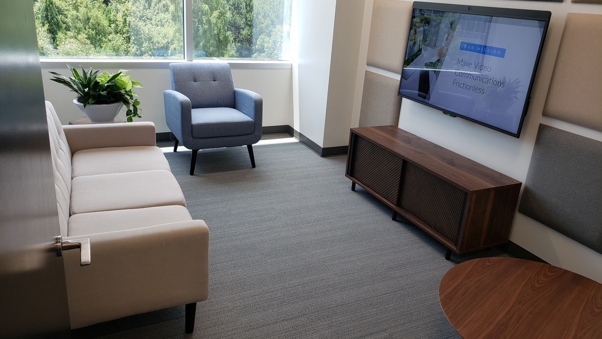 Skype Meeting Room - Buildout Pros