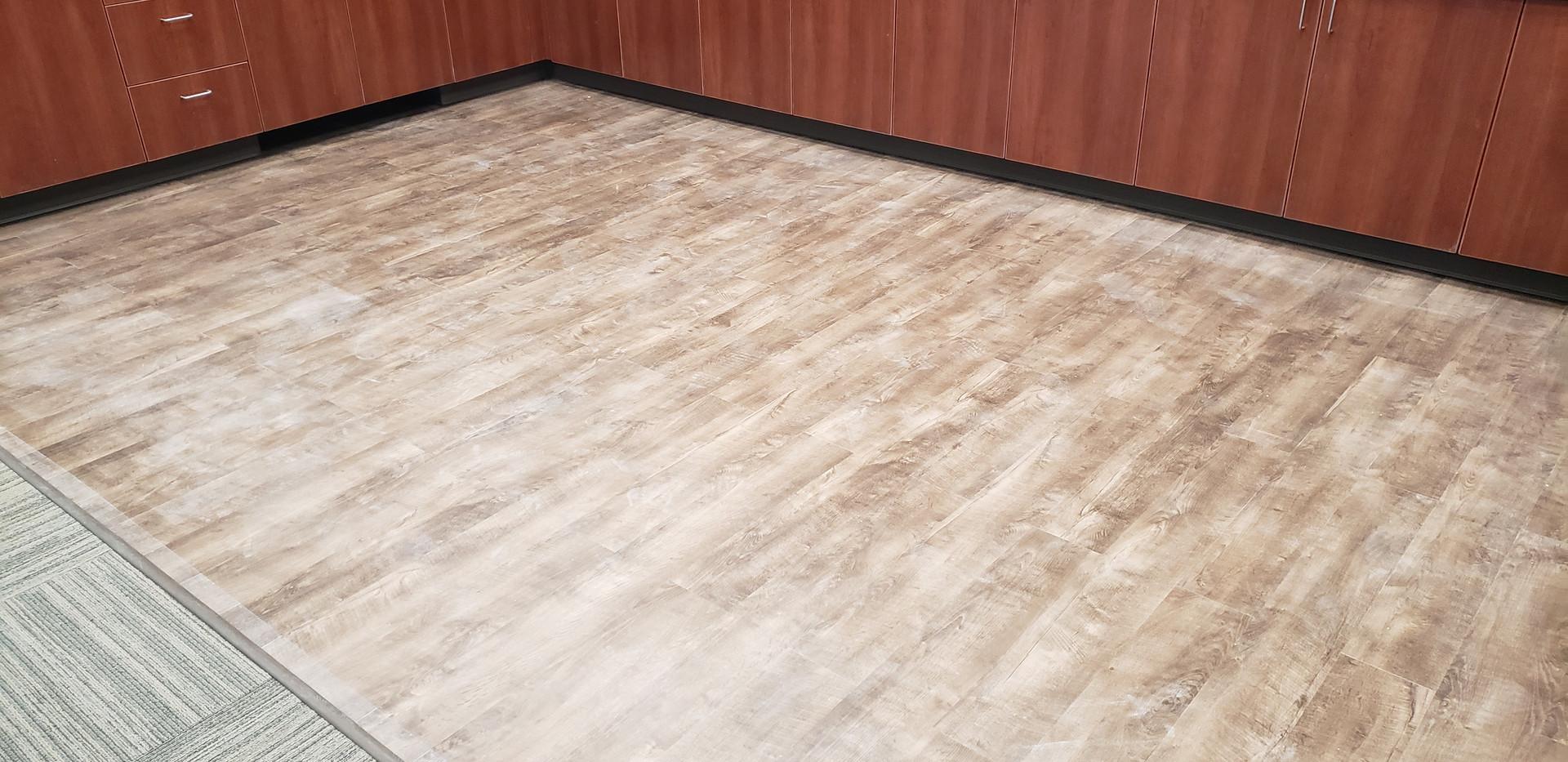 Hardwood Floor - Buildout Pros