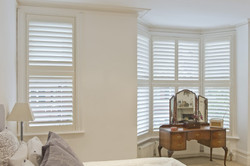 Bedroom-Bay-02-plymouth shutters and blinds