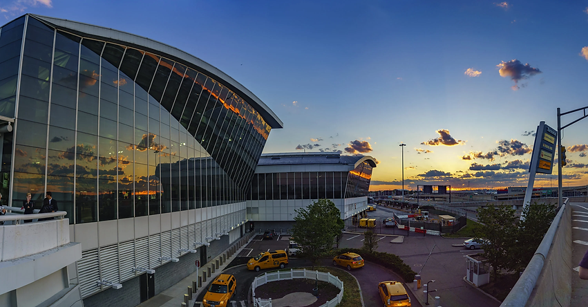 Mas Limousine offers transportation to/from John F Kennedy Airport JFK