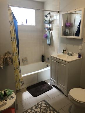 13-bathroom-1heic