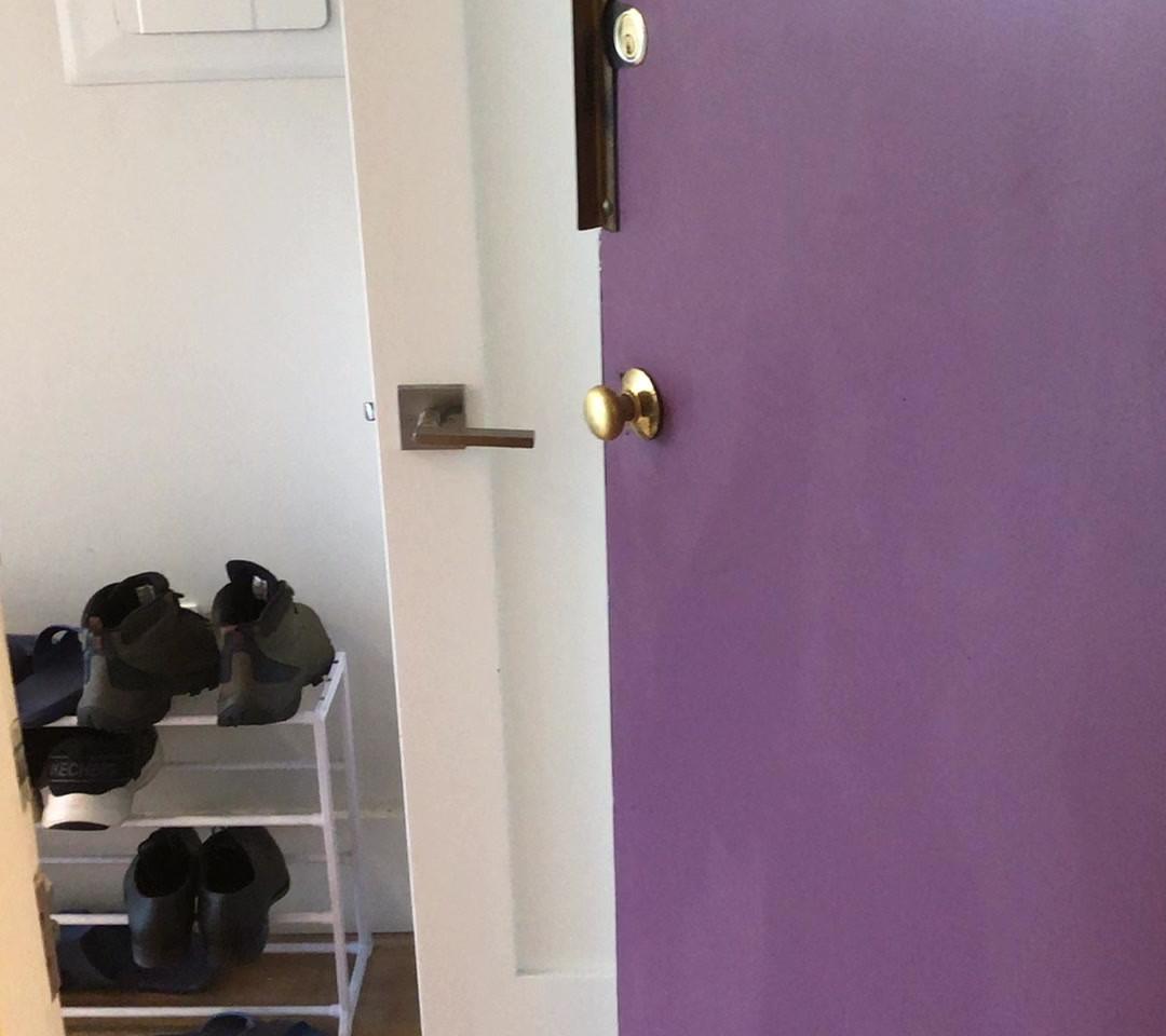 Kitchen and Livingroom.MOV