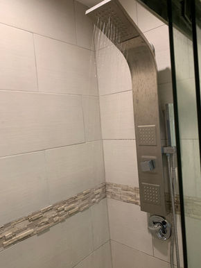 08-first-floor-bathroom-2jpg