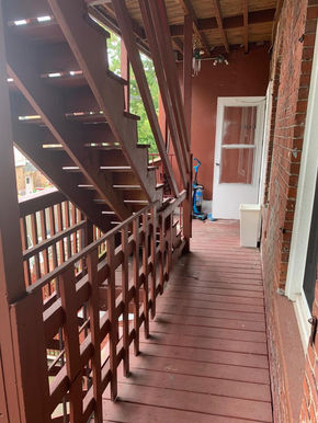 04-balcony-2jpeg