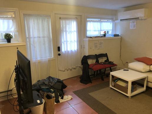 Bedroom E (Studio)