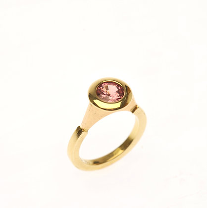 Pink Sapphire and 18ct Gold Ring