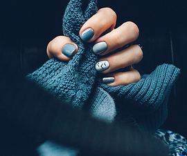 Gel nail pic only.png