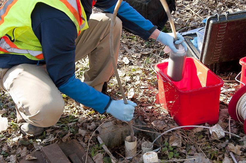 engineer testing soil.jpg