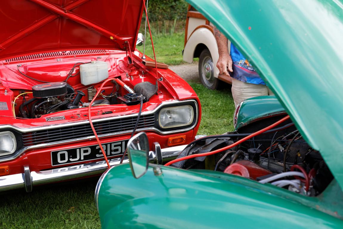 Morris Vs Ford