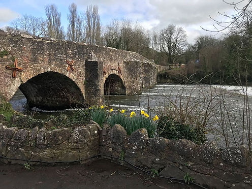 Fishermans Cott at Bickleigh Bridge