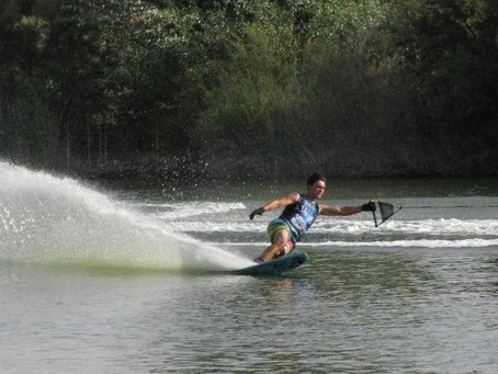 It's time to apply for a USA Water Ski & Wake Sports Foundation College Scholarship