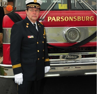 Past Fire Chief Steve White honored with memorial scholarship