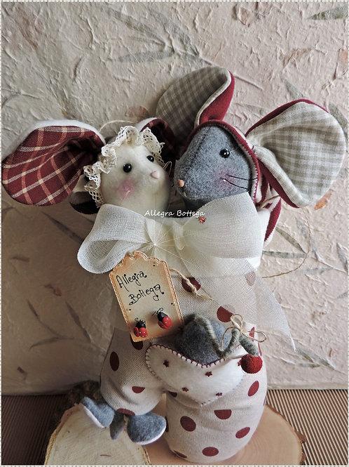 Cartamodello guantone con i topi
