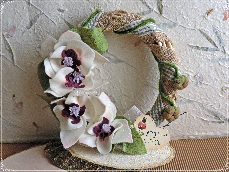 Ghirlanda vimini con orchidee