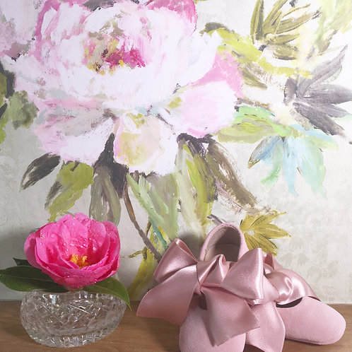 Bella Ribbon shoes ~ in pink suede