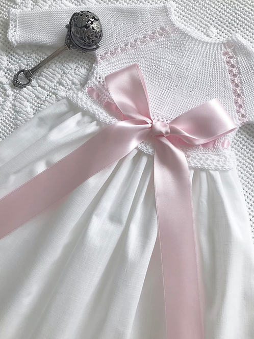 Regal gown ~ in pure white and pink