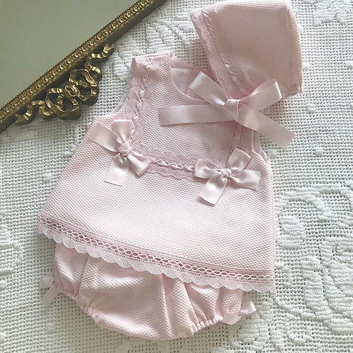 Cassino ~ with matching bloomers and bonnet