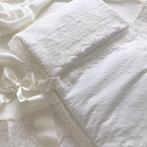 La Carrozzina pram liner and pillow ~ in chic cream