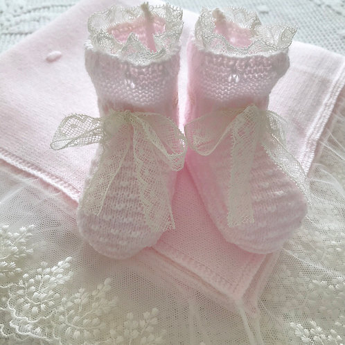 La Merletto booties ~ in pink and cream