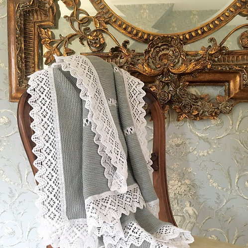 Bella Lace blanket ~ in gorgeous grey