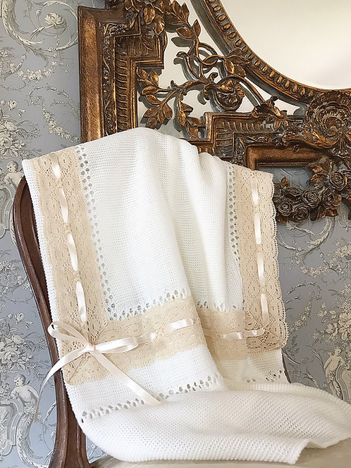 Lucella Lace blanket ~ in chic cream with beige lace
