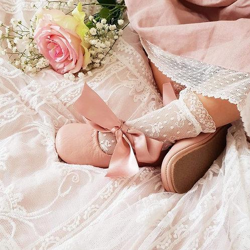 Lucella Lace short socks (image courtesy of Condor)