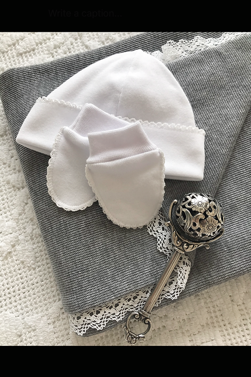 Bella Cotone ~ newborn hat and mittens with white embroidery