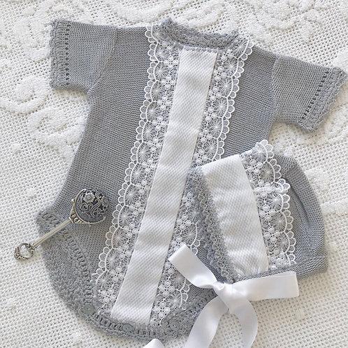 Velletri ~ in gorgeous grey