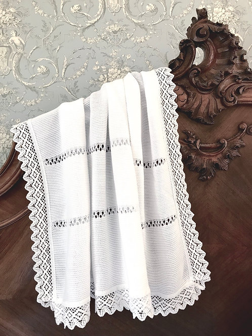 Bella Lace blanket ~ in pure white