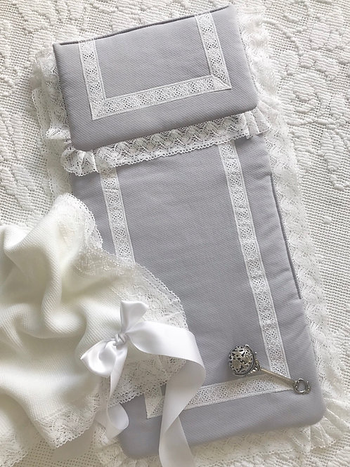 Pram liner and pillow set ~ grey with white lace
