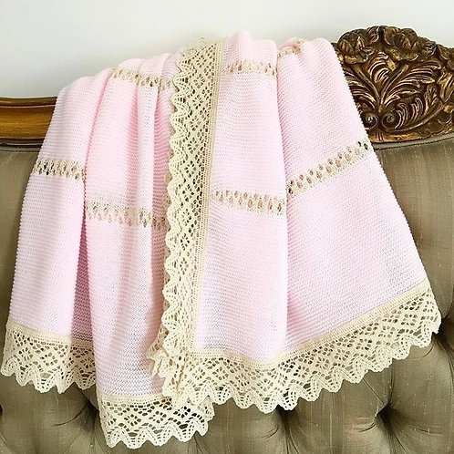 Bella Lace blanket ~ in perfect pink