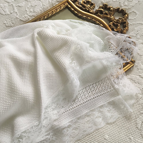 Bella Cartier blanket ~ in pure white