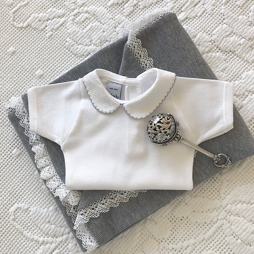 Bella Cotone Peter Pan collar short sleeved vest ~ with grey embroidery