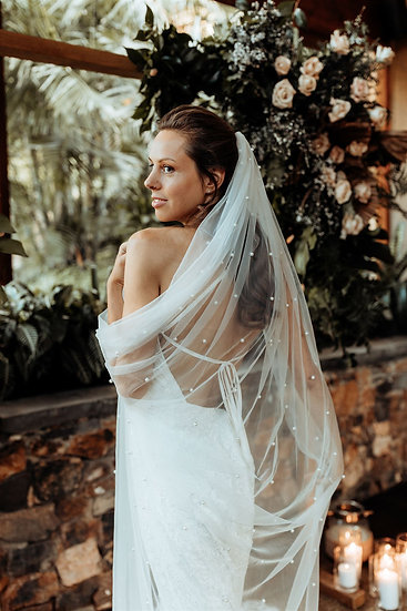 Pearly Long Veil