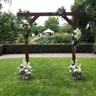 Kila & Felix beautiful Woodlands wedding