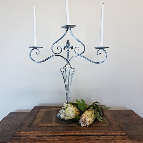Shabby Chic Three Point Candel Holder