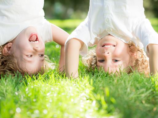 Hvordan hjelper du barnet ditt i utviklingen av et godt selvbilde?