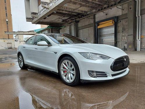 Tesla Model S 85 Performance 772 PS, 06.2015, 63'950 km