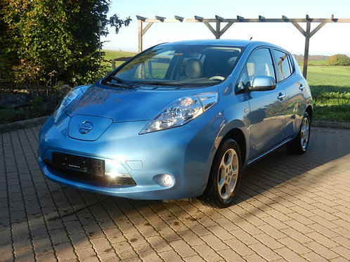 Nissan LEAF Bleu